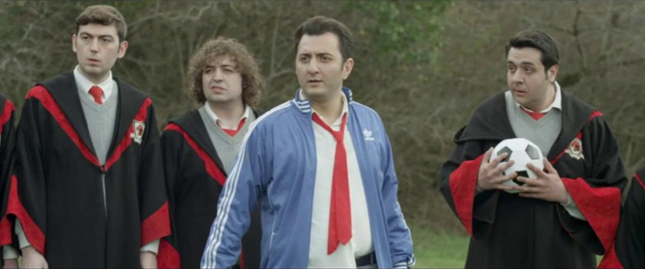 Sihirbazlık Okulunda Bir Türk 2015 ( DVD 720p) SANSÜRSÜZ Yerli Film - indir