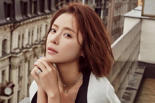 "Hwang Jung-Eum'un ""Lucky Romance"" Dizisinde Rol Alacağı Onaylandı"