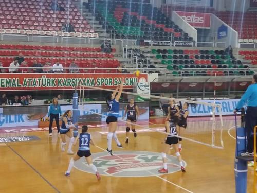 Zübeyde Hanımın Kızları sezonun son maçında konuk ettiği Salihli Bld.'yi 3 - 2 mağlup etti.