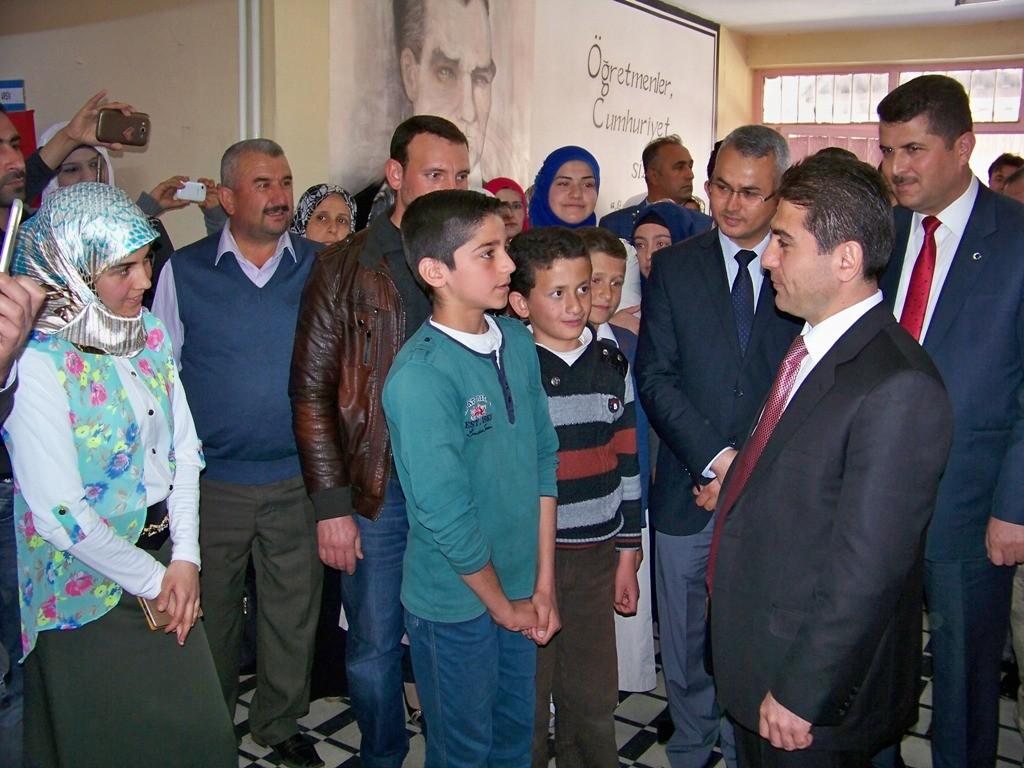Suriyeli Çocukların Resimleri
