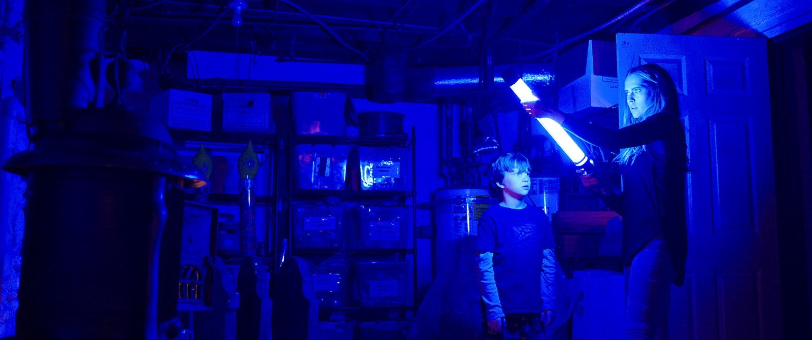 Işıklar Sönünce Filmi Tek Link indir Ekran Görüntüsü 2