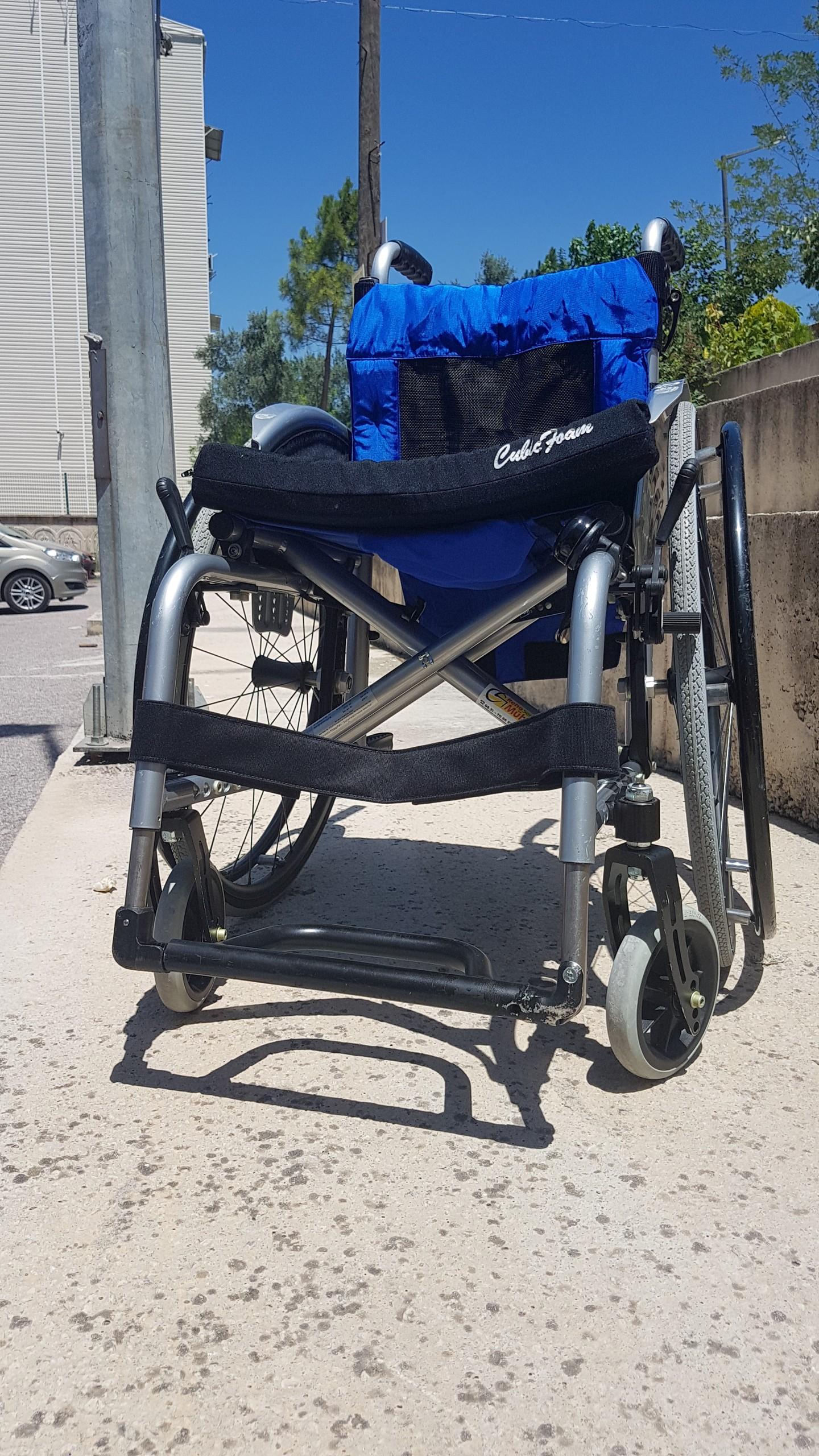 6D8LzN - Ottobock Avantgarde Ti 8.9 aktif tekerlekli sandalye satılıktır