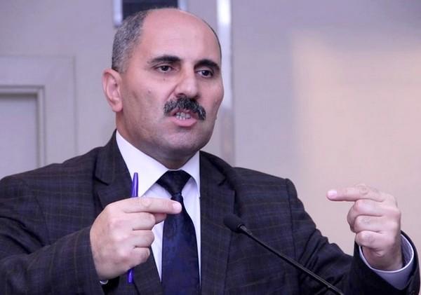 """""""Bəzən çılpaq qızlar dostluq təklifi göndərir"""" – Azər Həsrət"""