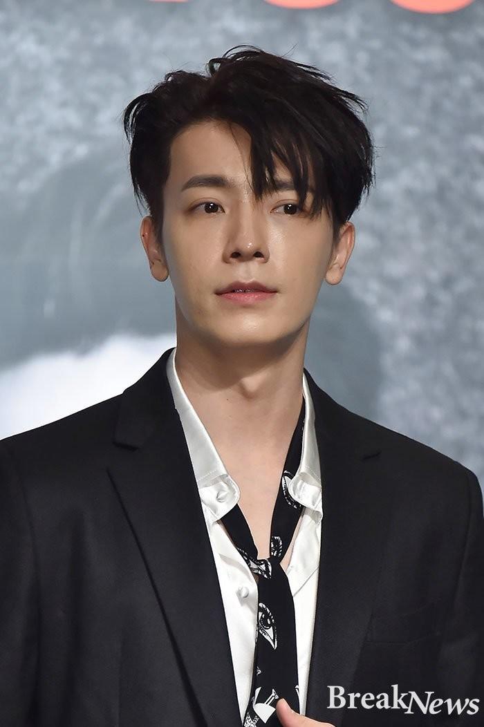 171106 Super Junior Basın Konferansı Fotoğrafları 6yDm5k