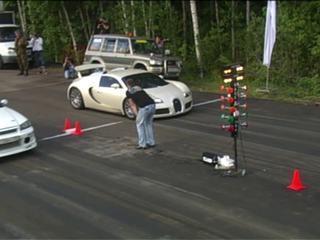 Bugatti Veyron ve Nissan Skyline Kapışması