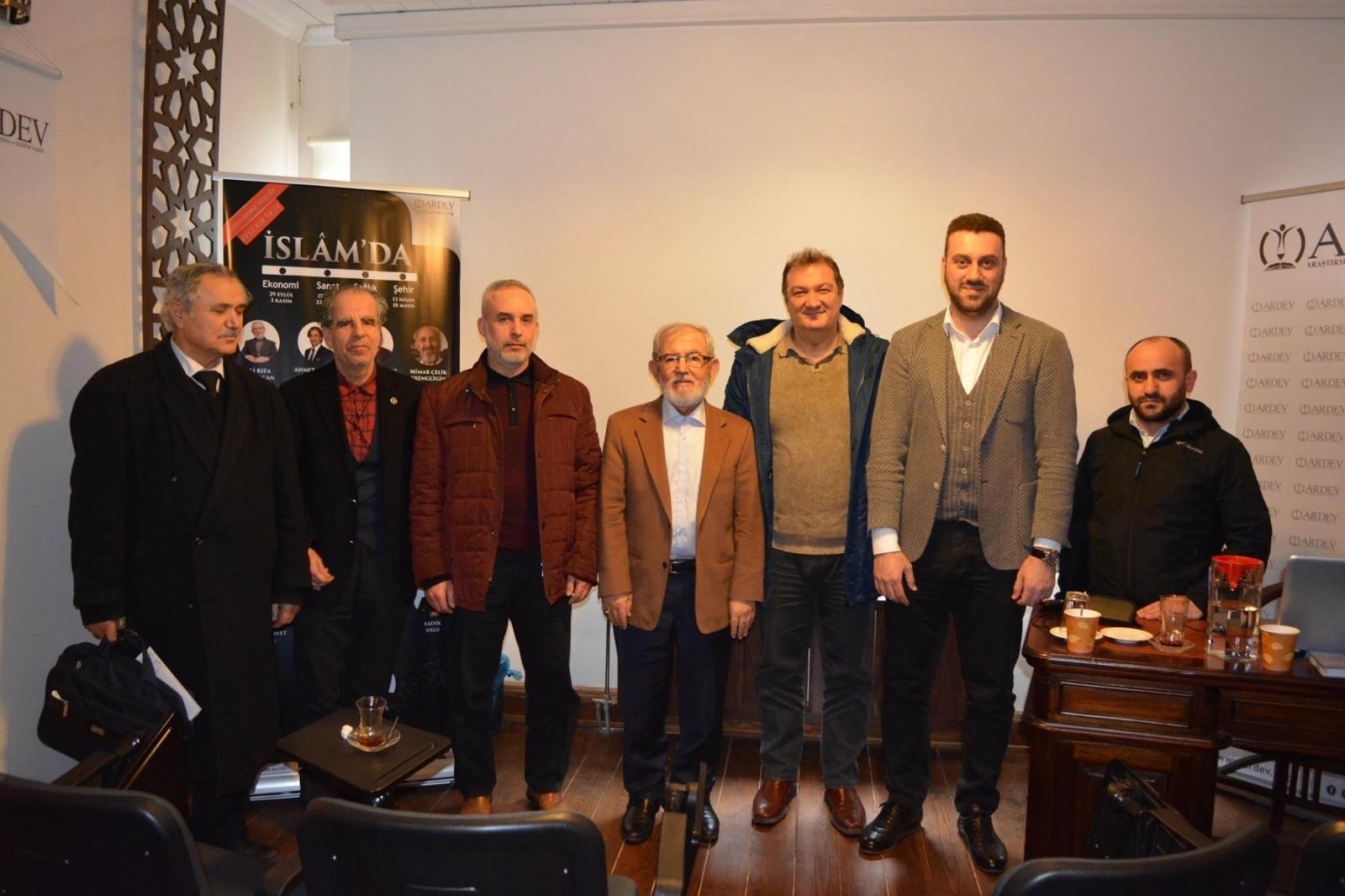 Prof. Dr. Zeki BAYRAKTAR  ile İslâm'da Sağlık Derslerimiz Devam Ediyor