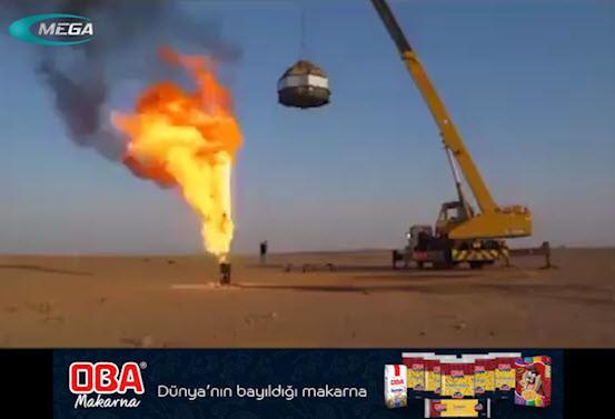 Petrol Kuyularındaki Yangın Böyle Söndürülüyor.