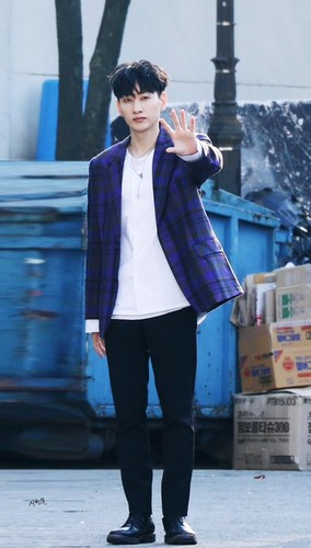 Super Junior General Photos (Super Junior Genel Fotoğrafları) - Sayfa 2 7y1zor