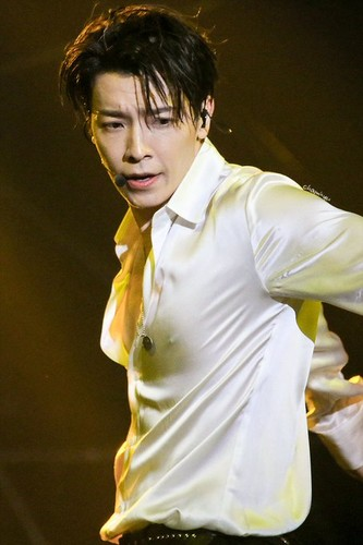 Donghae/동해 / Who is Donghae? 7y3p9W
