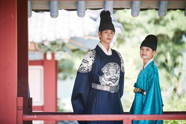 """""""Moonlight Drawn By Clouds"""" Dizisinden Park Bo-Gum ve Kim You-Jung'un Uyumunu Gösteren Görüntüler Yayımlandı [Fotoğraf]"""