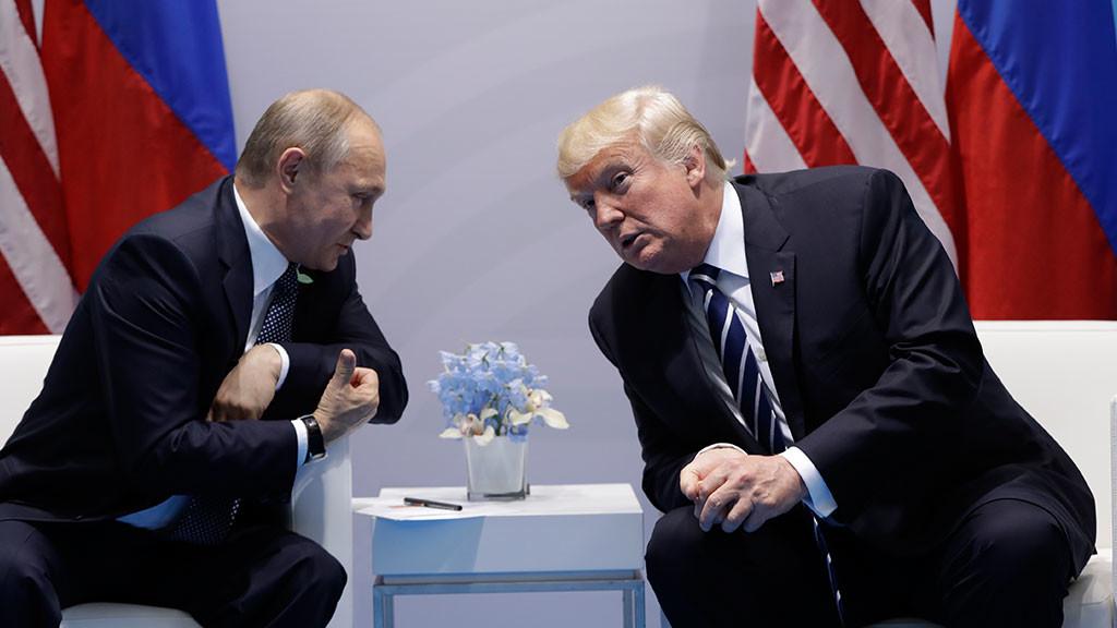 Trampın  Putinə hədiyyəsi  var