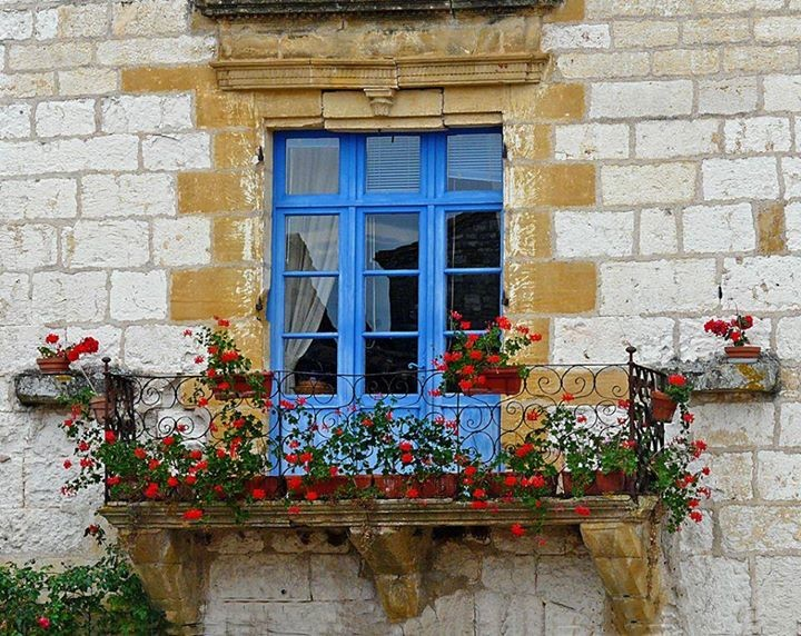 Как выглядит французский балкон.