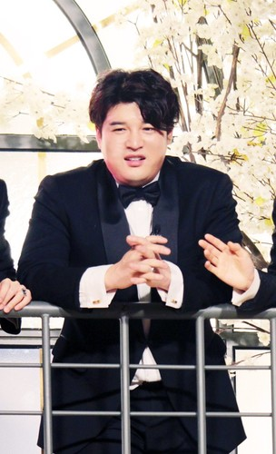 Shindong/신동희 / Who is Shindong? 9m8LMQ