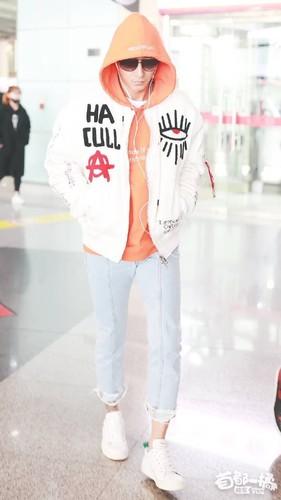 Hangeng/ 韩庚 / Who is Hangeng? - Sayfa 2 9m8LnQ