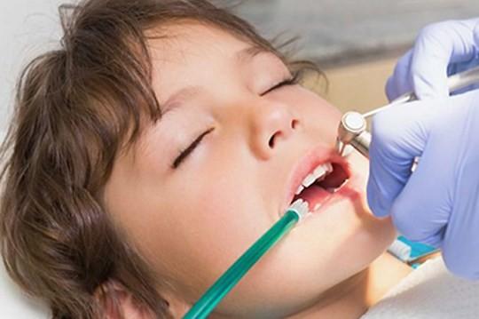 çocuklarda sedasyon tedavi