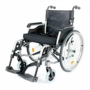 AzzlgQ - Hafif manuel tekerlekli sandalye tavsiyesi verebilir misiniz?