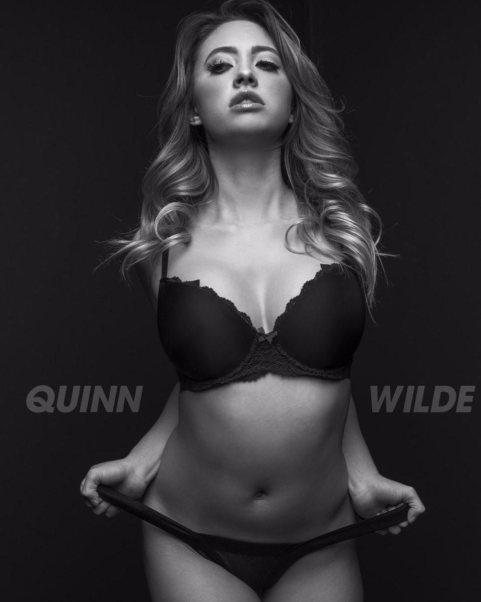 Quinn Wilde Nude Photos 36