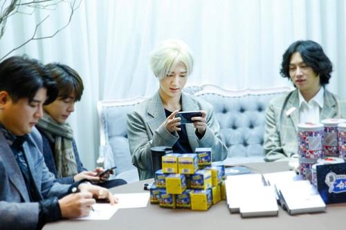 Super Junior General Photos (Super Junior Genel Fotoğrafları) - Sayfa 9 BL4XLj