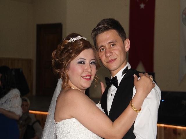 Genç Çiftlere Mutluluklar dileriz