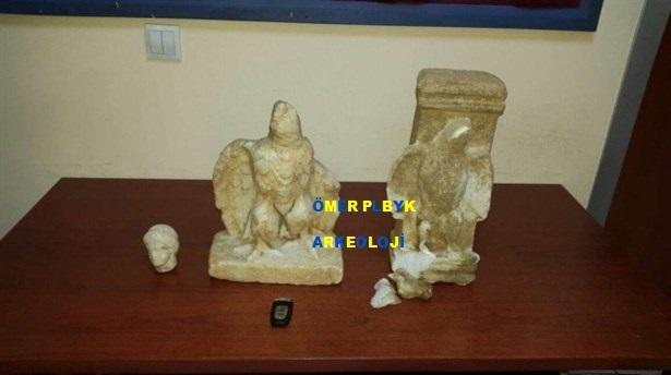 Roma dönemine heykeller geçirildi