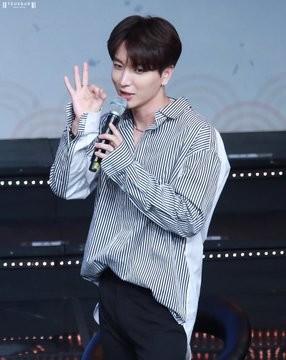 Leeteuk/이특 / Who is Leeteuk? DygYbo