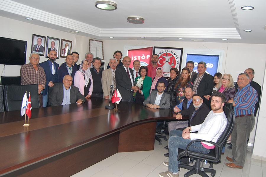 Konyalılar her geçen gün Birlik ve Beraberlikle  İzmir' de büyümeye devam ediyor.