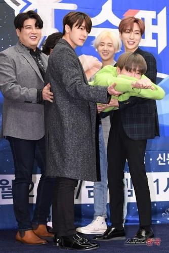 Super Junior General Photos (Super Junior Genel Fotoğrafları) - Sayfa 9 EPqGAD