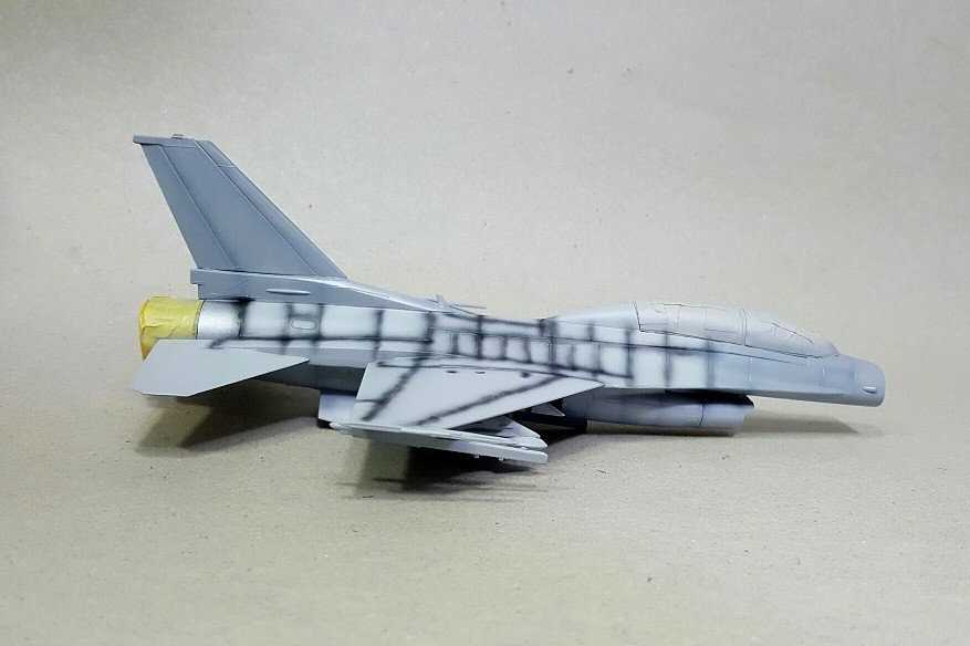 G916Db.jpg
