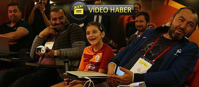 Neslihan Demir imzayı attı! İlk soruyu kızından aldı!
