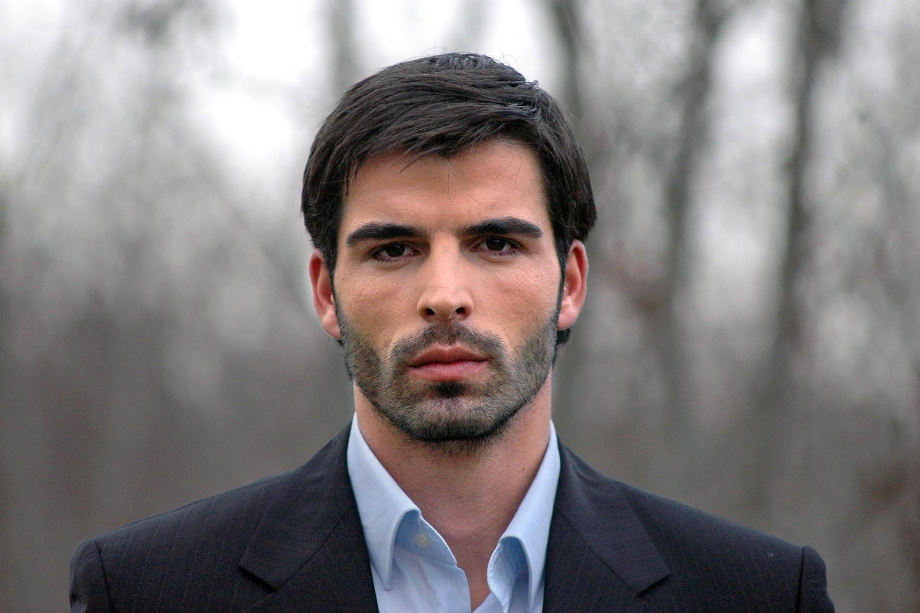 уже мужчины албанцы фото дерматит волосистой