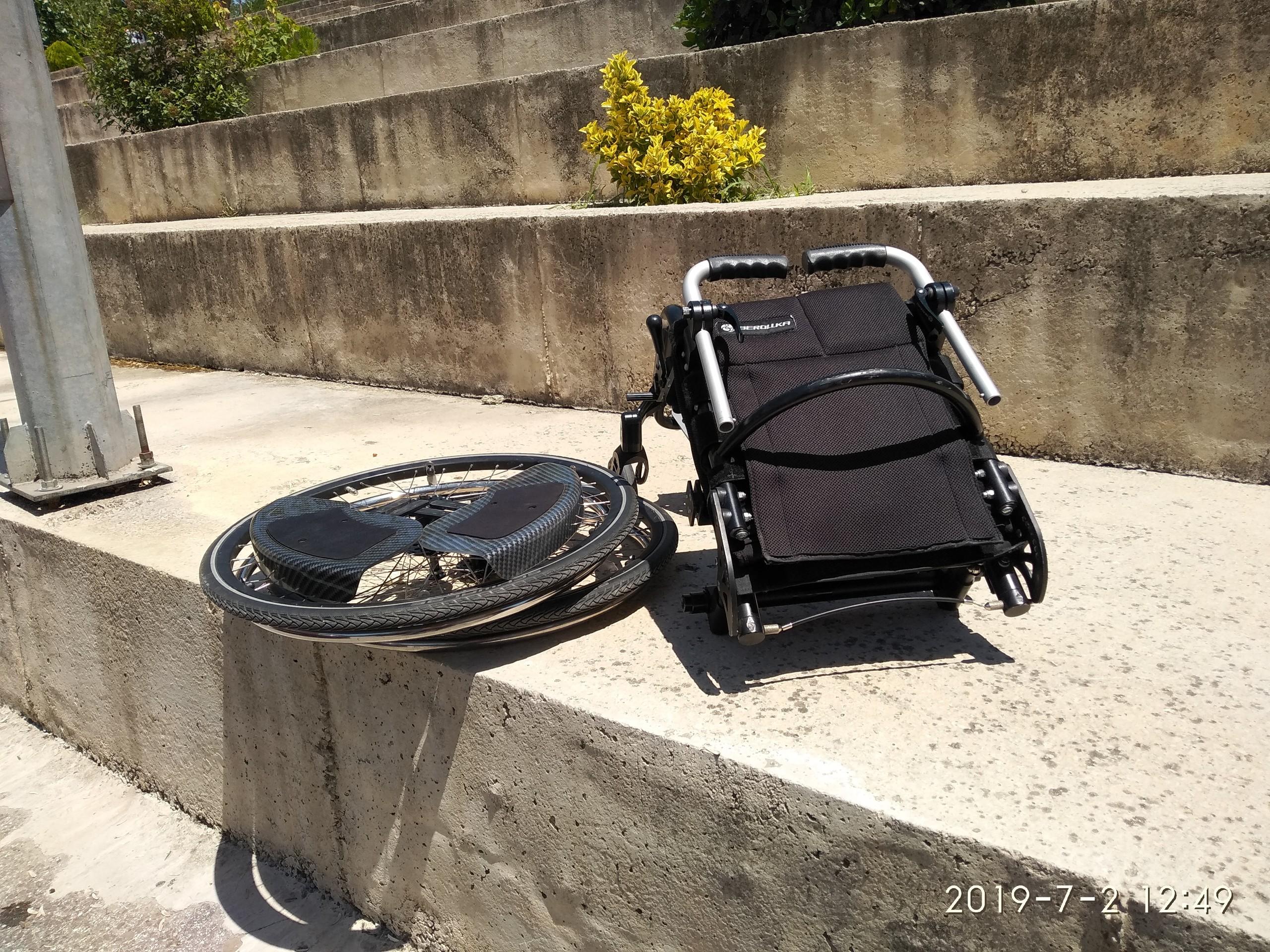 JV6yJE - Berollka Cobra Spor Alman markası aktif tekerlekli sandalye satılıktır