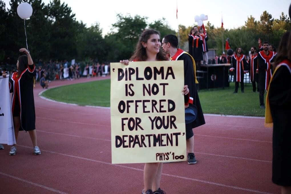 Diploma is not offered for your department. pankartı