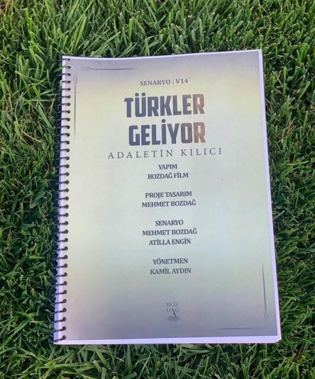 Araştırmacı Yazar Süleyman Yasin AKDENİZ Yapımcı ve Yönetmen Mehmet BOZDAĞ'ın Türkler Geliyor Sinamasın da