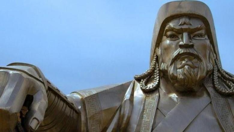 Умом Россию не понять, или памятник Чингиз-хану