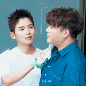 Super Junior Avatar ve İmzaları - Sayfa 4 MDj0Ek
