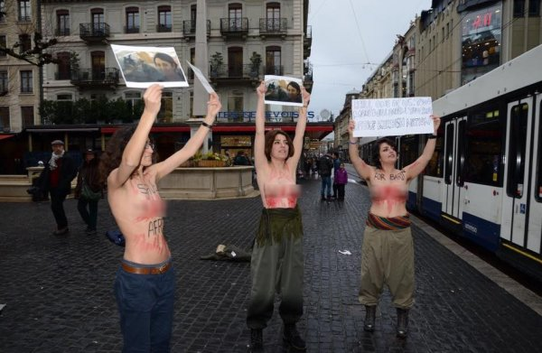 PKK-çı qızlar Almaniyada lütləndilər