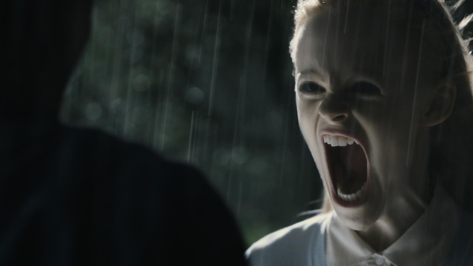 Hayaletli Ev Filmini Düşük Boyut İndir Ekran Görüntüsü 2
