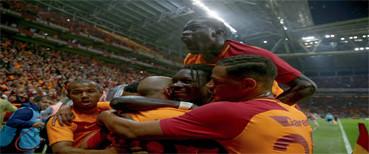 Galatasaray son anda kazandı!