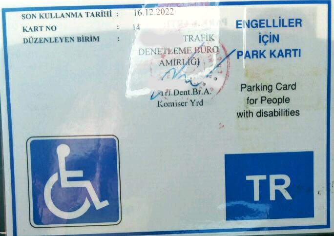 P7gQvN - İşitme engellilerin ehliyetine yazılan gereksiz kodlar