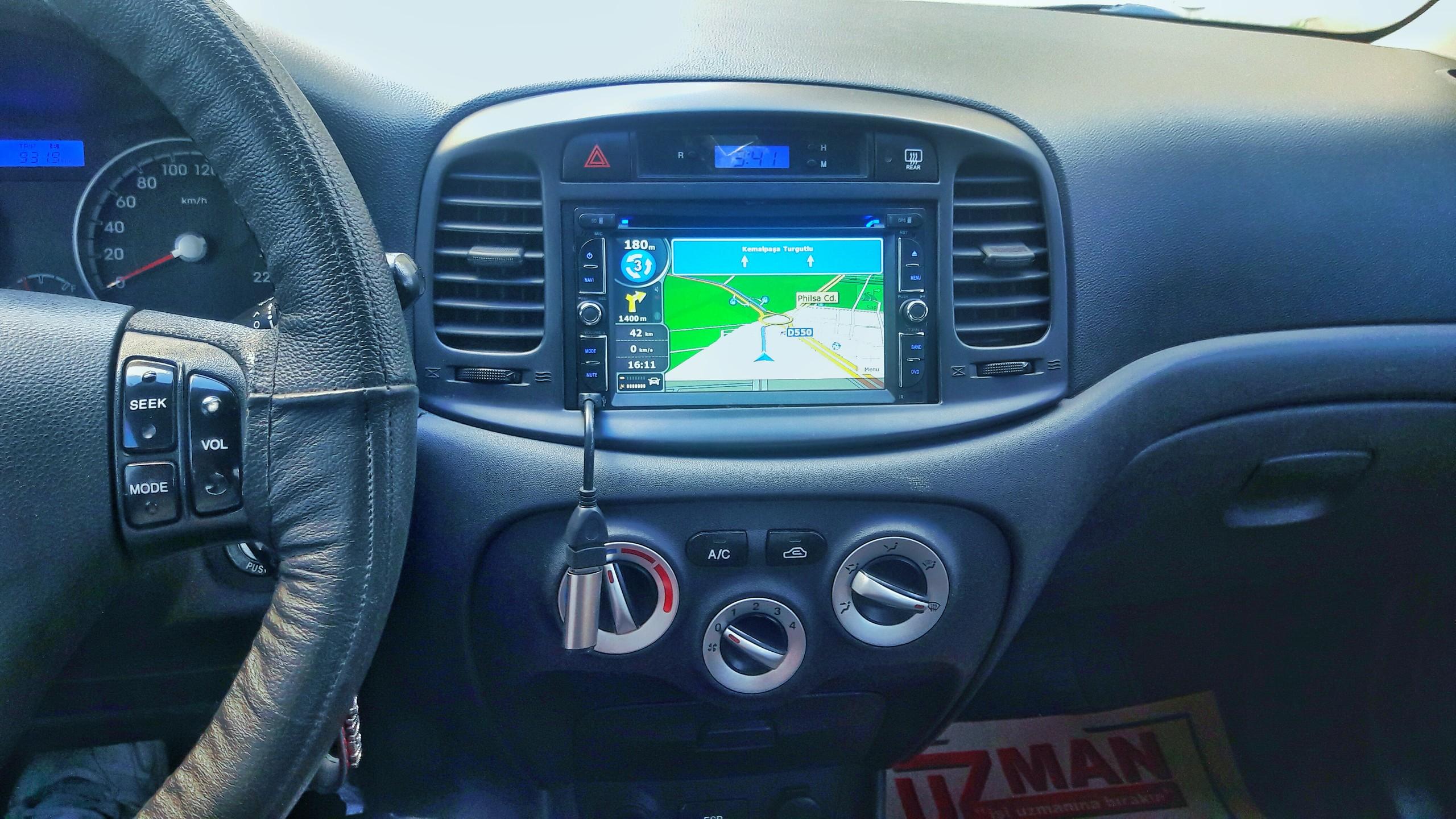 PMLE76 - Arac�ma navigasyon cihaz� almak istiyorum. Ne �nerirsiniz?