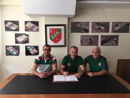 Çeşme, Foça ve Buca'da açtığımız spor okullarının ardından son olarak Ankara KSK Voleybol'u bünyemize katıldı.