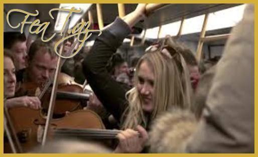 Metroda möhtəşəm FlashMob (Video)