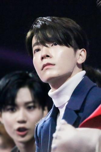 Donghae/동해 / Who is Donghae? V3WGdV