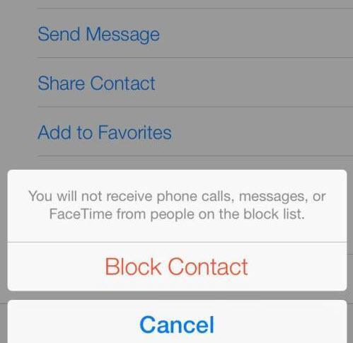 iOS 7 ile birlikte iPhone'ların en büyük eksikliklerinden biri de tarih oldu. Artık istemediğiniz kişilerin telefonlarını kara listeye atabiliyor, bu kişilerden arama almıyorsunuz. Bunun için Ayarlar>Telefon>Engellenenler kısmına girmeniz yeterli.