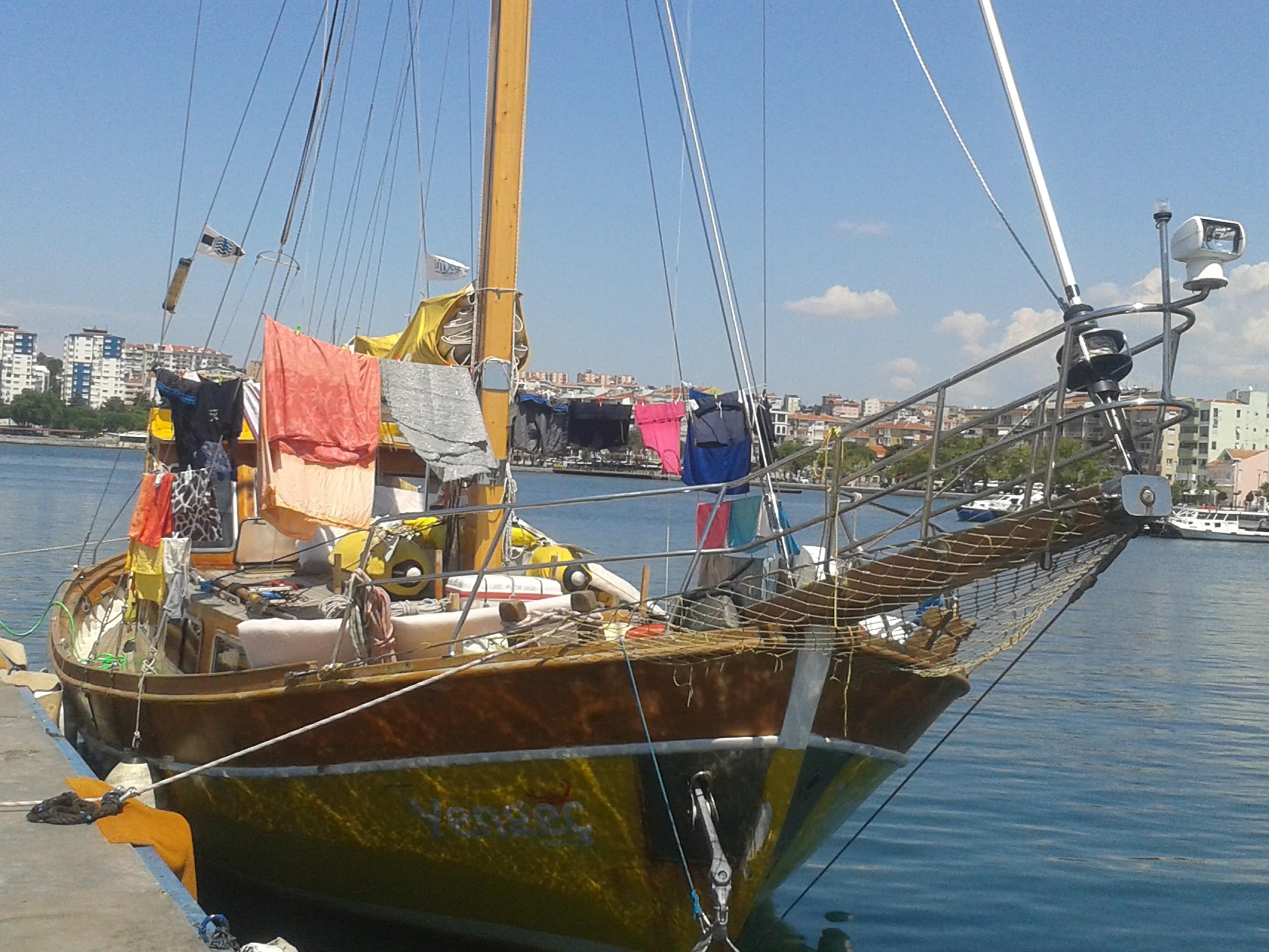 Rüyada Tekneyle Yada Gemiyle Denize Açılmak Ne Anlama Gelir