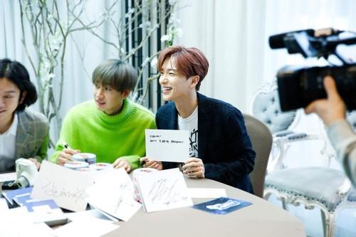 Super Junior General Photos (Super Junior Genel Fotoğrafları) - Sayfa 9 Z9J2Xk
