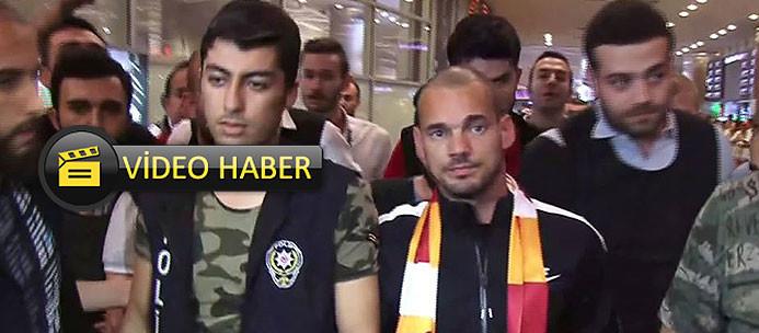 Sneijder yeni transfer gibi karşılandı!