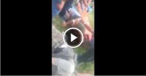 Dağlıca Saldırısında Yaralanan Askerimize Çatışma Altında Müdahale Anı video izle
