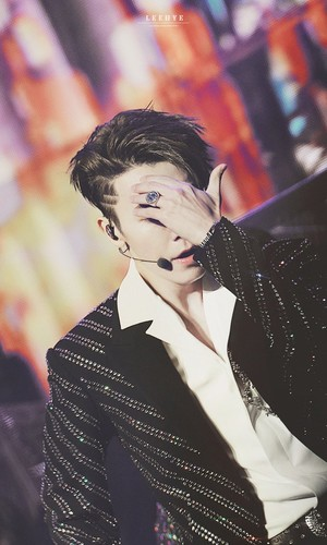Donghae/동해 / Who is Donghae? - Sayfa 3 A1kq1z