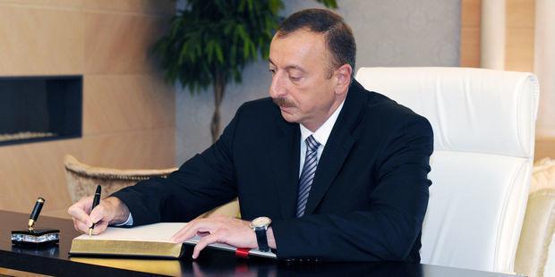 Milli Qəhrəmanlara verilən Prezident təqaüdü 200 manat artırıldı